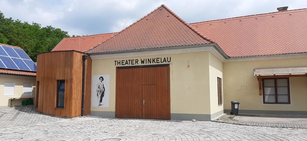 Theater Fallbach